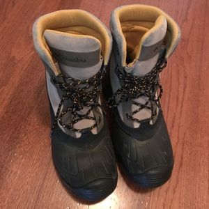 Columbia Bugalite Waterproof Boots M Sz 9